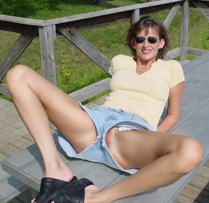 sous les jupes sex sexe telerealite